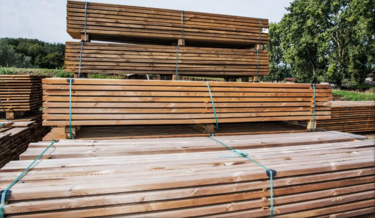 Pine decking in vacuum pressure impregnated planed pine European and Siberian Larch decking Timber From Poland