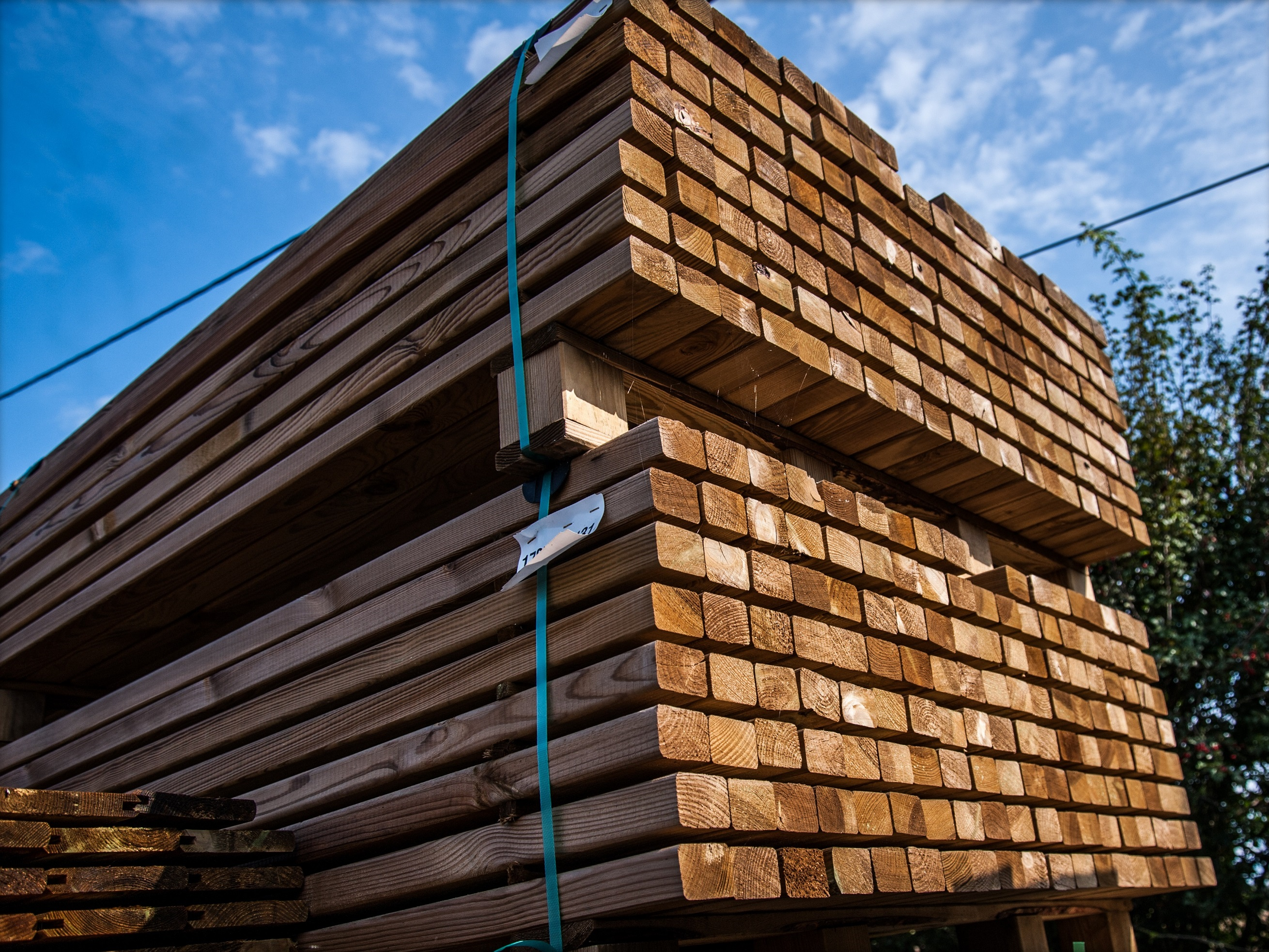 Pine square posts with vacuum pressure impregnation autoclave treatment Timber From Poland